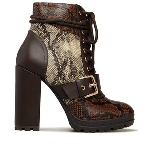 Boots snake print